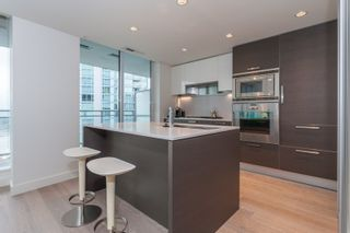 """Photo 8: 1501 1499 W PENDER Street in Vancouver: Coal Harbour Condo for sale in """"WEST PENDER PLACE"""" (Vancouver West)  : MLS®# R2057520"""