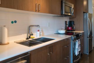 Photo 10: 303 221 UNION Street in Vancouver: Strathcona Condo for sale (Vancouver East)  : MLS®# R2611069