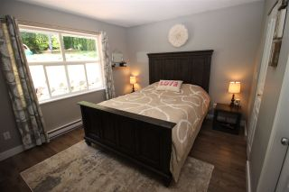 Photo 11: 5943 ST ANDREWS Place in Sechelt: Sechelt District House for sale (Sunshine Coast)  : MLS®# R2459726