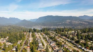 Photo 7: 811 KELVIN Street in Coquitlam: Harbour Chines House for sale : MLS®# R2622197