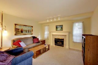 """Photo 9: 6679 LINDEN Avenue in Burnaby: Highgate House for sale in """"Highgate"""" (Burnaby South)  : MLS®# R2167616"""