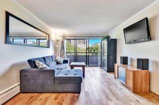 Photo 1: 206 2475 YORK AVENUE in Vancouver: Kitsilano Condo for sale (Vancouver West)  : MLS®# R2606001