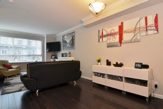 """Photo 3: 120 19505 68A Avenue in Surrey: Clayton Townhouse for sale in """"CLAYTON RISE"""" (Cloverdale)  : MLS®# R2014295"""