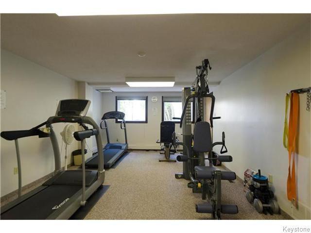 Photo 15: Photos: 481 Thompson Drive in WINNIPEG: St James Condominium for sale (West Winnipeg)  : MLS®# 1600654