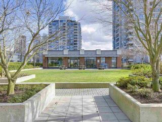 Photo 16: 1607 4118 DAWSON Street in Burnaby: Brentwood Park Condo for sale (Burnaby North)  : MLS®# R2246789
