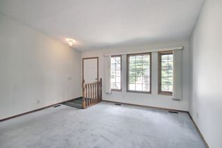 Photo 4: 52 Shawnee Way SW in Calgary: Shawnee Slopes Detached for sale : MLS®# A1117428