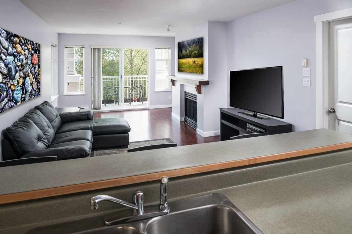 """Photo 4: Photos: 404 1438 PARKWAY Boulevard in Coquitlam: Westwood Plateau Condo for sale in """"MONTREUX"""" : MLS®# R2161413"""