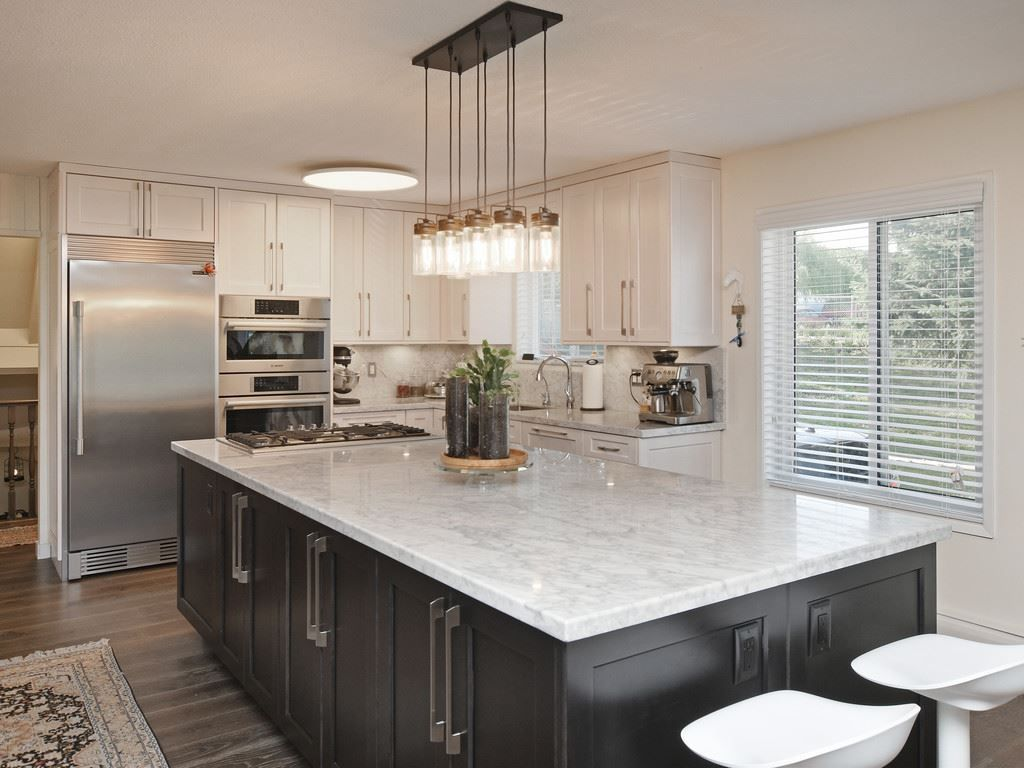 Photo 7: Photos: 7471 NORTHCOTE Street in Mission: Mission BC House for sale : MLS®# R2447244