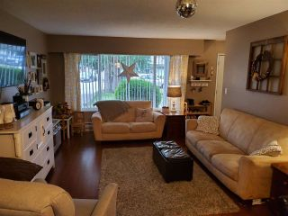 Photo 9: 5733 CRESCENT Drive in Delta: Hawthorne Duplex for sale (Ladner)  : MLS®# R2536207