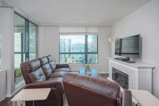 """Photo 6: 1903 1238 MELVILLE Street in Vancouver: Coal Harbour Condo for sale in """"Pointe Claire"""" (Vancouver West)  : MLS®# R2623127"""