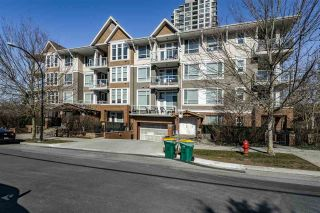 """Photo 1: 304 3551 FOSTER Avenue in Vancouver: Collingwood VE Condo for sale in """"FINALE WEST"""" (Vancouver East)  : MLS®# R2345462"""