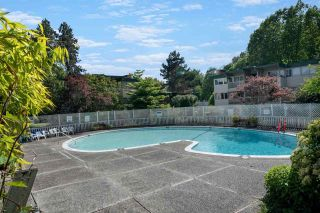 """Photo 27: 2651 WESTVIEW Drive in North Vancouver: Upper Lonsdale Townhouse for sale in """"CYPRESS GARDENS"""" : MLS®# R2587577"""