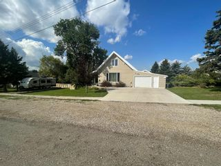 Photo 1: For Sale: 635 4th Street W, Cardston, T0K 0K0 - A1141603