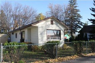 Photo 2: 117 Edward Avenue West in Winnipeg: West Transcona Residential for sale (3L)  : MLS®# 1727519