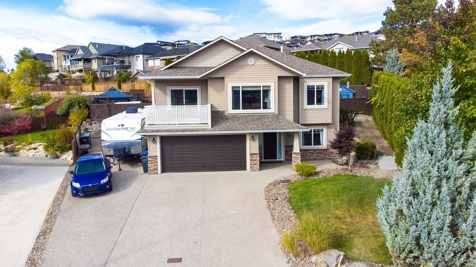 Main Photo: 1554 Large Avenue, in Kelowna: House for sale : MLS®# 10241585