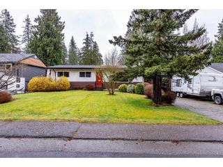 Photo 2: 34268 GREEN Avenue in Abbotsford: Abbotsford East House for sale : MLS®# R2556536