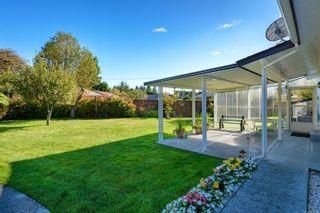 Photo 10: 2026 Hummingbird Pl in : CV Comox (Town of) House for sale (Comox Valley)  : MLS®# 858108