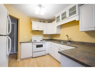 """Photo 2: 104 46451 MAPLE Avenue in Chilliwack: Chilliwack E Young-Yale Townhouse for sale in """"The Fairlane"""" : MLS®# R2623368"""