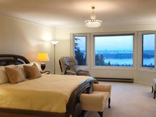 Photo 8: 2468 WESTHILL Court in West Vancouver: Westhill House for sale : MLS®# R2602038