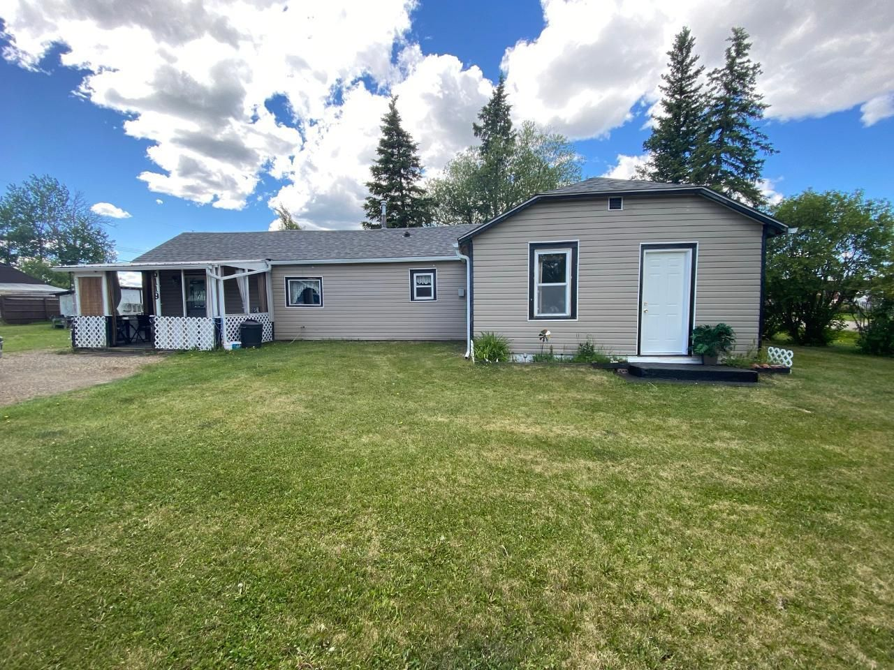 Main Photo: 5119 52 Street, in Pouce Coupe: House for sale : MLS®# 189231