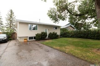 Photo 2: 365 McMaster Crescent in Saskatoon: East College Park Residential for sale : MLS®# SK867754