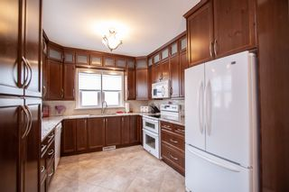 Photo 10: 810 Valour Road in Winnipeg: West End Residential for sale (5C)  : MLS®# 1905814