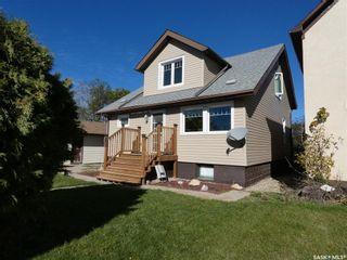 Photo 1: 206 Bangor Avenue in Viscount: Residential for sale : MLS®# SK871590