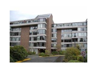 """Photo 1: 112 4101 YEW Street in Vancouver: Quilchena Condo for sale in """"ARBUTUS VILLAGE"""" (Vancouver West)  : MLS®# V1118853"""