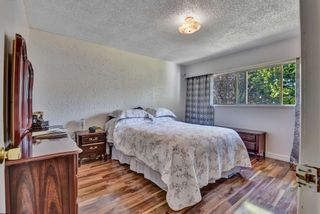 Photo 11: 14247 103 Avenue in Surrey: Bear Creek Green Timbers House for sale : MLS®# R2595782