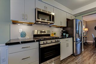 Photo 3: 14 242 Taylor Street in London: House for sale : MLS®# 40046403