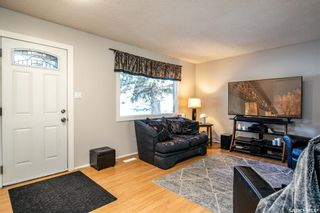 Photo 7: 86 DOMINION Crescent in Saskatoon: Confederation Park Residential for sale : MLS®# SK852190