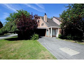 Photo 1: 4705 48B Street in Ladner: Ladner Elementary House for sale : MLS®# V1073490