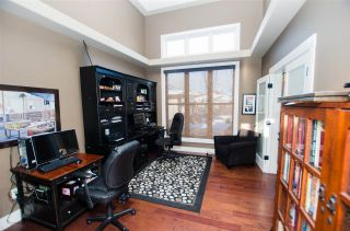 Photo 8: 825 TODD Court in Edmonton: Zone 14 House for sale : MLS®# E4231583