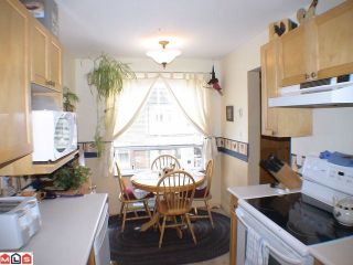 "Photo 6: 208 5450 208TH Street in Langley: Langley City Condo for sale in ""MONTGOMERY GATE"" : MLS®# F1022244"
