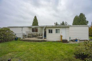 "Photo 16: 2085 CUMBRIA DRIVE Drive in Surrey: King George Corridor Manufactured Home for sale in ""CRANLEY PLACE"" (South Surrey White Rock)  : MLS®# R2430118"
