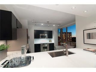 """Photo 6: 1101 1405 W 12TH Avenue in Vancouver: Fairview VW Condo for sale in """"THE WARRENTON"""" (Vancouver West)  : MLS®# V915590"""