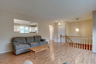 Photo 6: 6807 24 Avenue NE in Calgary: Pineridge Detached for sale : MLS®# C4258740