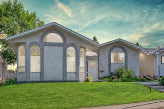 Main Photo: 903 Hunterston Road NW in Calgary: Huntington Hills Detached for sale : MLS®# A1133043