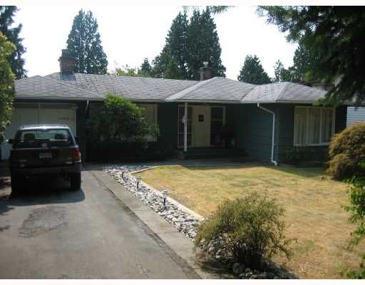 "Main Photo: 2460 MATHERS Avenue in West Vancouver: Dundarave House for sale in ""Dundarave"" : MLS®# V784570"