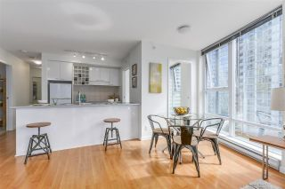 """Photo 8: 903 602 CITADEL PARADE in Vancouver: Downtown VW Condo for sale in """"SPECTRUM"""" (Vancouver West)  : MLS®# R2094812"""
