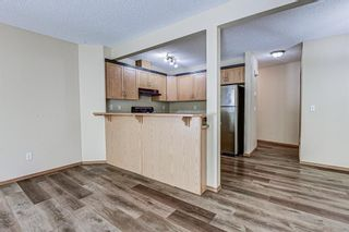 Photo 7: 17 Eversyde Court SW in Calgary: Evergreen Row/Townhouse for sale : MLS®# A1120200