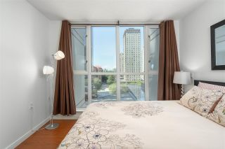 """Photo 13: 1106 1068 HORNBY Street in Vancouver: Downtown VW Condo for sale in """"The Canadian at Wall Centre"""" (Vancouver West)  : MLS®# R2485432"""