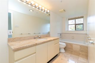 """Photo 14: 401 2108 W 38TH Avenue in Vancouver: Kerrisdale Condo for sale in """"the Wilshire"""" (Vancouver West)  : MLS®# R2510229"""