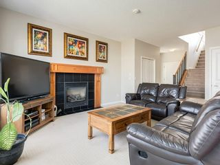 Photo 4: 976 COPPERFIELD Boulevard SE in Calgary: Copperfield Detached for sale : MLS®# C4303066