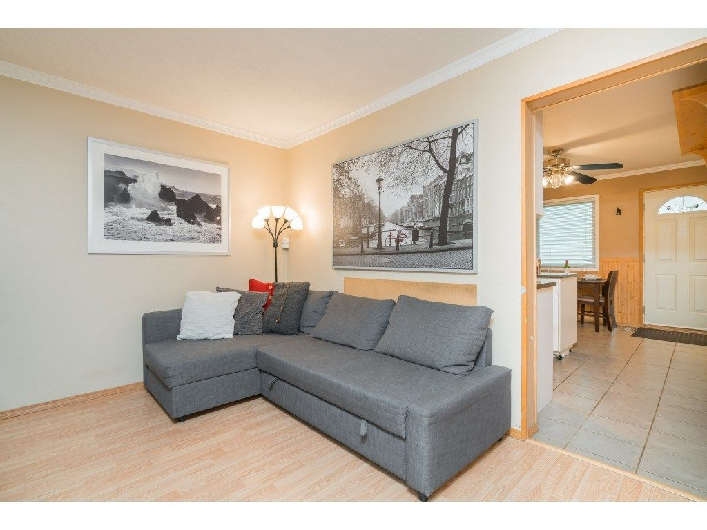 Photo 6: Photos: 8938 GANYMEDE PLACE in Burnaby: Simon Fraser Hills Townhouse for sale (Burnaby North)  : MLS®# R2416310