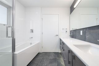 """Photo 17: 5209 CAMBIE Street in Vancouver: Cambie Townhouse for sale in """"Contessa"""" (Vancouver West)  : MLS®# R2552513"""