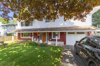 """Photo 1: 7786 SILVERDALE Place in Mission: Mission BC House for sale in """"Silverdale Pl Estates"""" : MLS®# R2585884"""