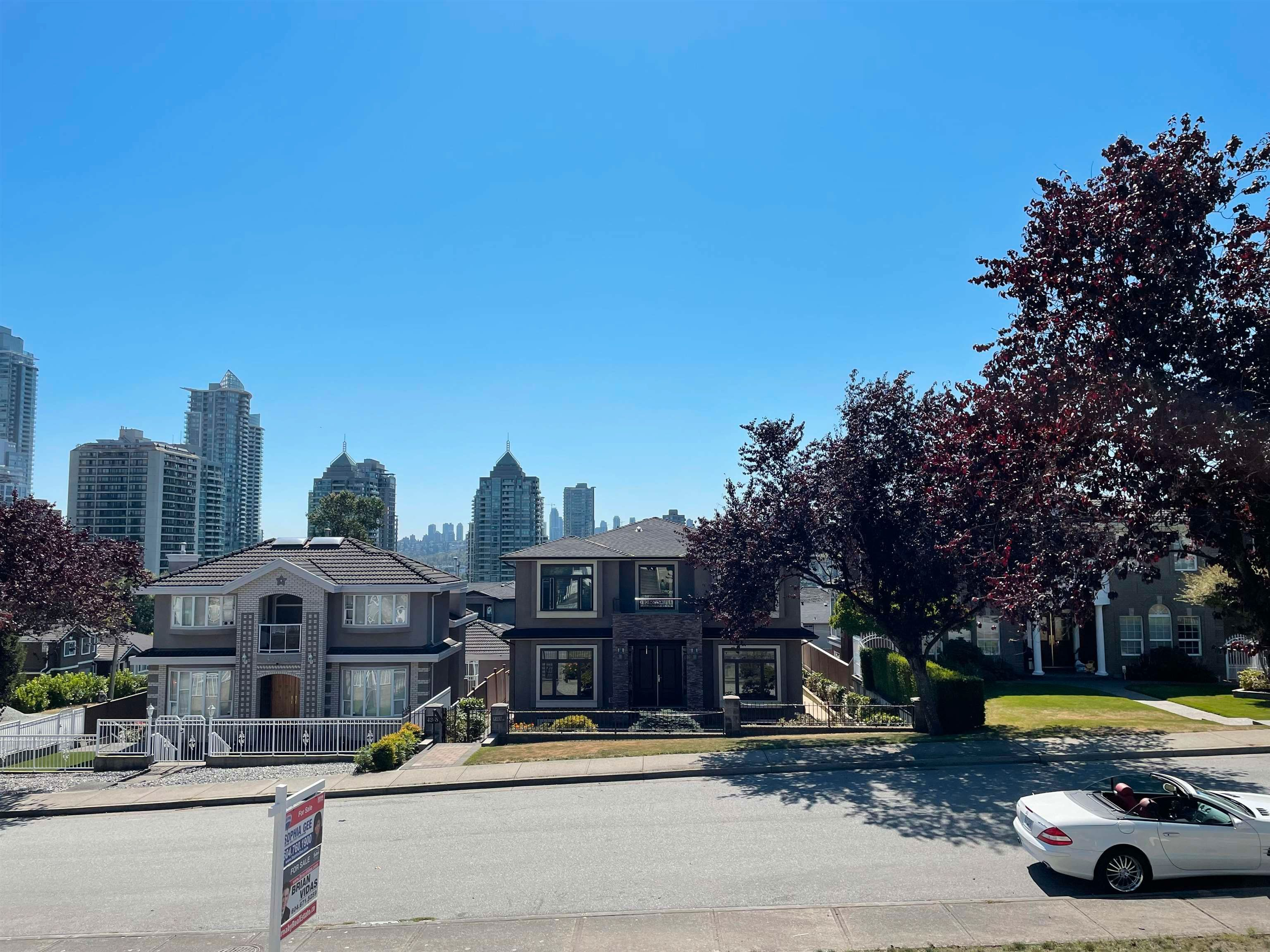 Main Photo: 4269 GRANT Street in Burnaby: Willingdon Heights House for sale (Burnaby North)  : MLS®# R2604743