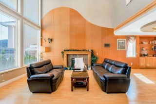 Photo 3: 3065 YELLOWCEDAR Place in Coquitlam: Westwood Plateau House for sale : MLS®# R2592687
