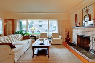 Photo 2: 6440 BUCHANAN Street in Burnaby: Parkcrest House for sale (Burnaby North)  : MLS®# R2032040